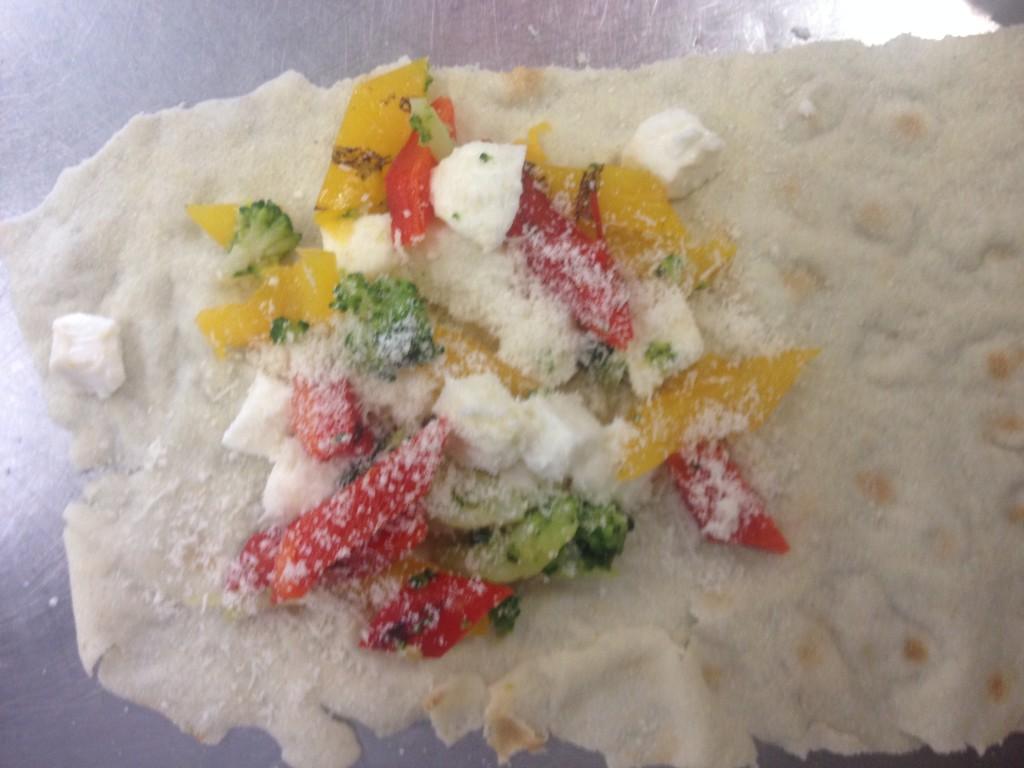 Cannelloni di pane carasau con verdure e primo sale 1